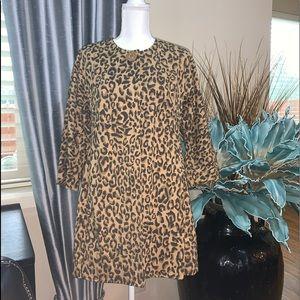 Carol Anderson leopard light coat